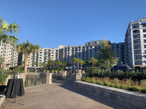 Riviera is a great place to walk! The sidewalks offer great views of the beautiful building that is the Riviera Resort.