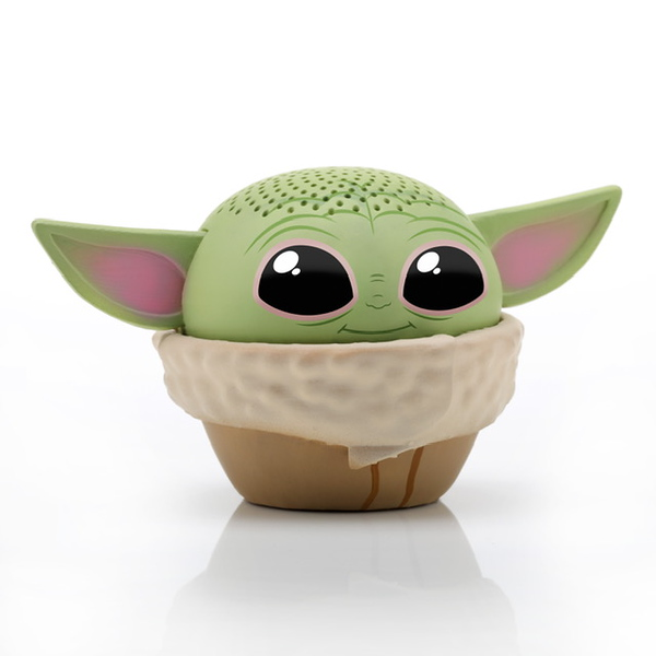 Is this a Yoda cupcake? I'm not sure, but his eyes tell you that he loves you.  Photo credits (C) Disney Enterprises, Inc. All Rights Reserved