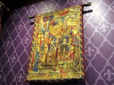 The ordering area contains many great details like this tapestry.