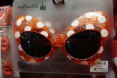 Minnie Mouse bow sun glasses anyone?