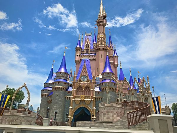 I honestly like the new paint scheme on Cinderella Castle. It looks much better in person.