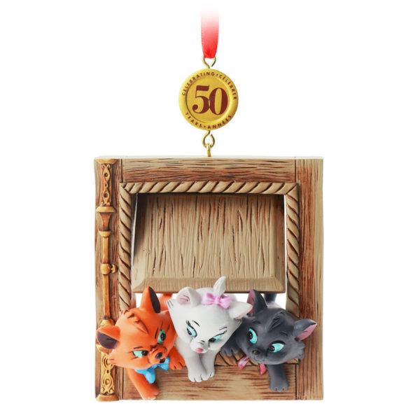 The Aristocats ornament. Photo credits (C) Disney Enterprises, Inc. All Rights Reserved