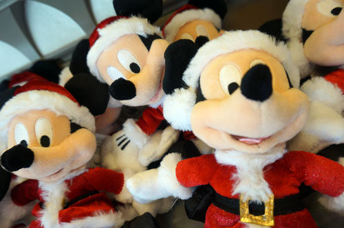 Plush toys with Mickey as Santa.