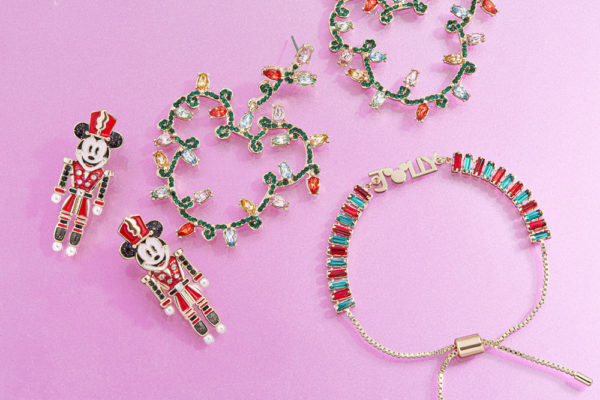 Disney Parks x BaubleBar Holiday Collection. Photo credits (C) Disney Enterprises, Inc. All Rights Reserved