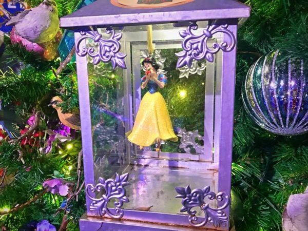 Gorgeous Snow White ornament.