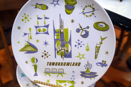 I think this Tomorrowland plate is cool.