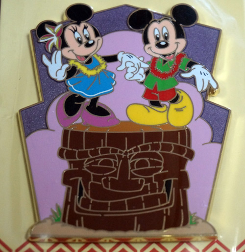 This great limited edition pin features Mickey and Minnie.