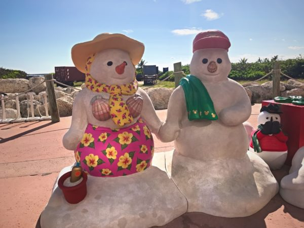 What do snowmen do in the winter? They go to Castaway Cay, of course!