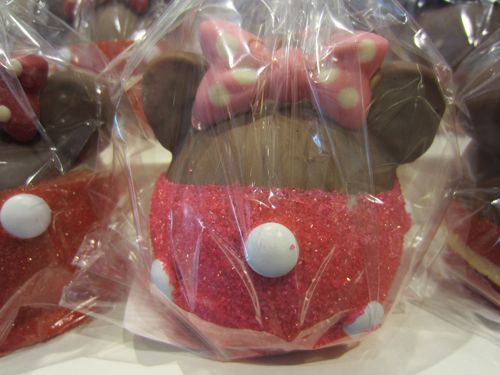 Disney's gourmet apples come in many different themes, and they're all delicious!