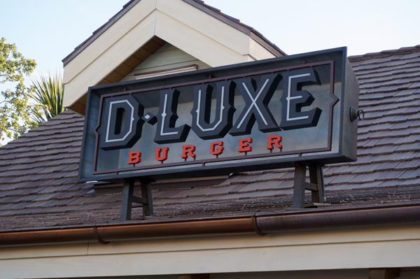 D-Luxe Burger has deluxe drinks, too.