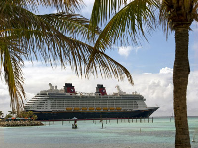 The Disney Fantasy visits Castaway Cay. Photo credits (C) Disney Enterprises, Inc. All Rights Reserved