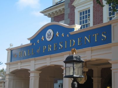 The realism in The Hall Of Presidents is amazing.