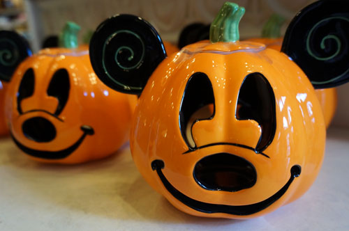 These ceramic Mickey Mouse pumpkins are fun.