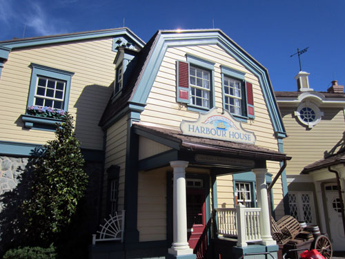 The Columbia Harbour House is a great place for lunch or dinner.