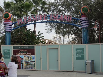 The walkway through Pleasure Island is closed.