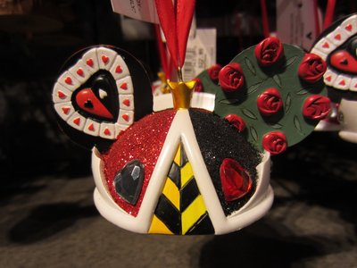 Alice in Wonderland fans will enjoy this Queen Of Hearts ornament.