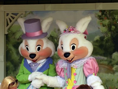 The happy Easter couple sens to enjoy meeting families.