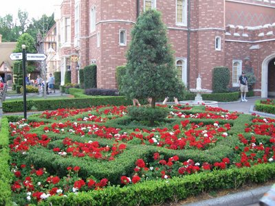 Beautifully landscaped gardens in the United Kingdom at Epcot.