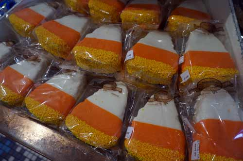 Who couldn't love a rice crispy treat shaped like candy corn?