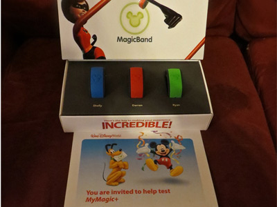 MagicBands arrive in the mail.