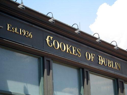 Cookes of Dublin serves up classic Irish dishes including fish and chips.