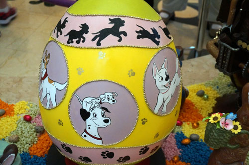 "This egg celebrates famous Disney dogs, including those from ""101 Dalmatians""."