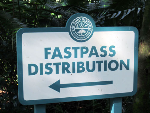 Remember the old days when you had to run around the park to pick up paper FastPass tickets?