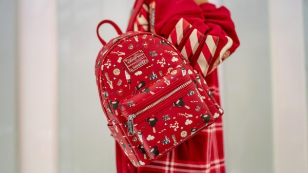 Fun Disney and Christmas-themed backpack. Photo credits (C) Disney Enterprises, Inc. All Rights Reserved