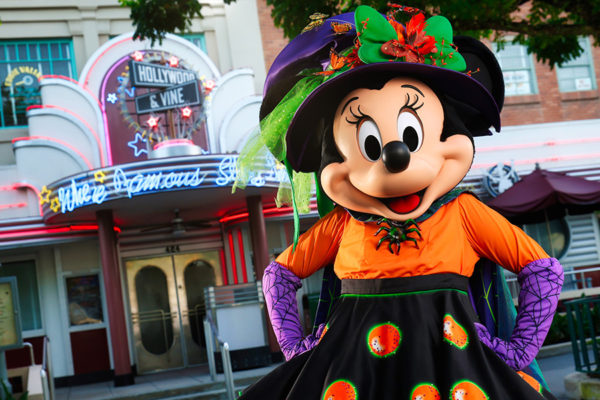 Minnie Mouse will host dinner at Hollywood & Vine. Photo credits (C) Disney Enterprises, Inc. All Rights Reserved