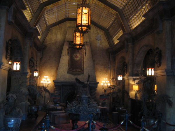 One of the best queues ever: Tower of Terror.