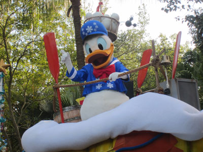 Donald Duck is ready for the snow.