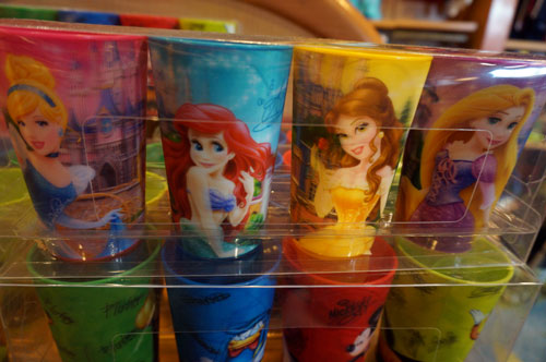 Set of four cups with Disney princesses.