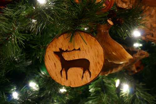 More amazing ornaments like this moose.