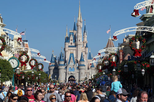 With the garland across the street now gone you still have a nice view of Cinderella Castle.