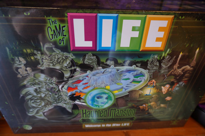 The game of Life - Haunted Mansion style.