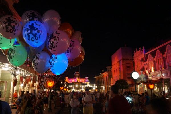 Main Street USA looks so nostalgic this time of year!