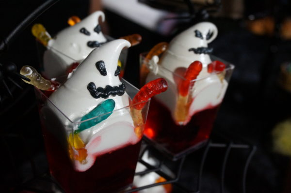 Oogie Boogie makes an appearance in this gelee meringue dessert, which is also gluten-friendly, topped with gummy worms. Oogie Boogie even glows in the dark!