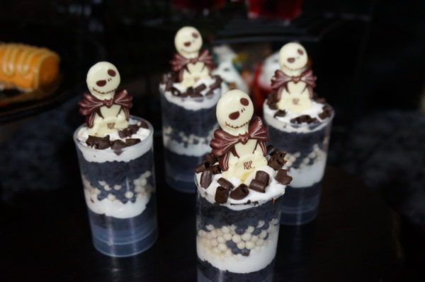 It wouldn't be Halloween without Jack Skellington. This cake pop, available at Sleepy Hollow, is layered chocolate cake with vanilla buttercream, white and dark chocolate pearls, dark chocolate curls, and a white chocolate Jack Skellington chocolate piece.