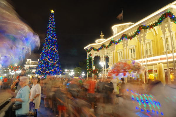 Minnie's Wonderful Christmastime Fireworks will debut this year!