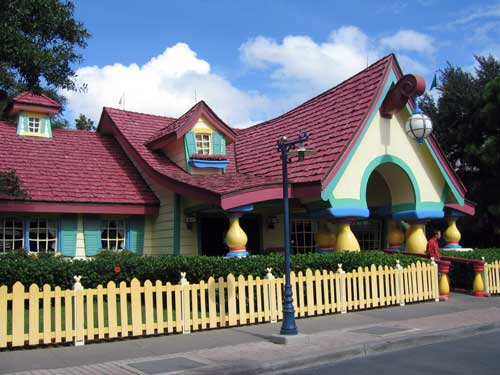 Do you remember Mickey's Toon Town?