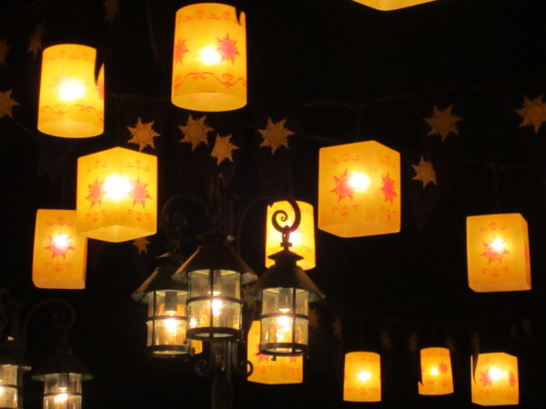 The floating lanterns in the Tangled rest area are beautiful, and now you can be part of the magic.