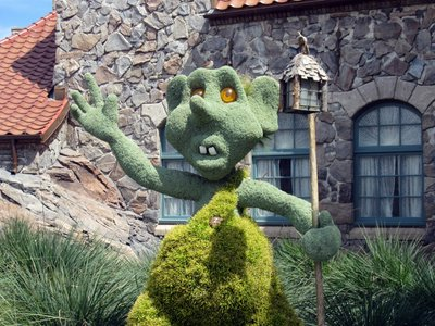 This troll topiary in Norway has a great look on his face - don't you think?