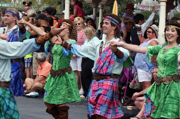 Merida was joined by some cultural dancers!