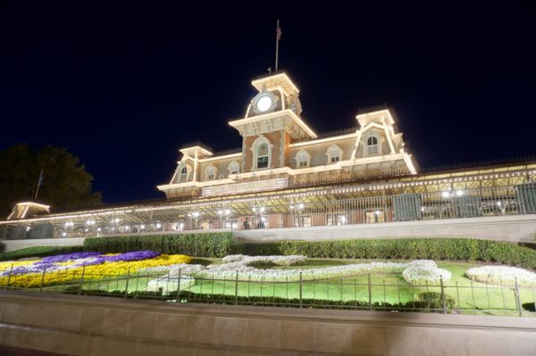 Newly added hours at Magic Kingdom included extended closing times on certain dates.