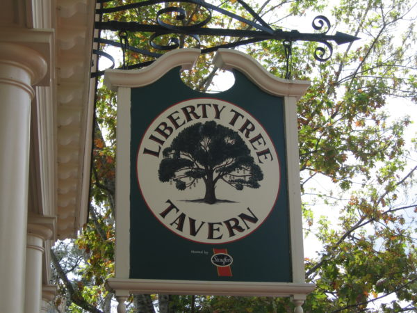 Hello Thanksgiving feast! The Liberty Tree Tavern will reopen with the Magic Kingdom.