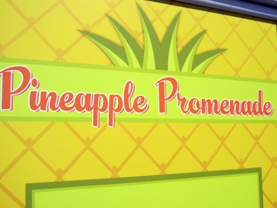 Pineapple Promenade Sign