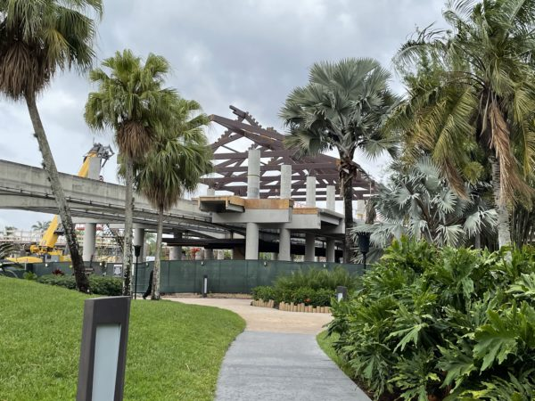 The front of the Polynesian Resort is a construction zone, but it is still nestled in a little piece of paradise.
