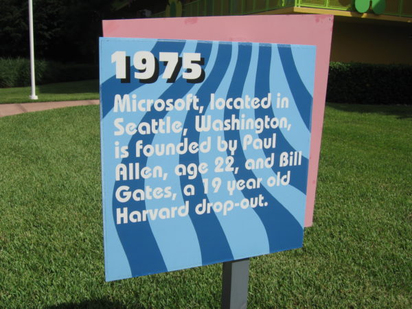 1975: Microsoft, located in Seattle, Washington, is founded by Paul Allen, age 22, and Bill Gates, a 19-year-old Harvard drop-out.