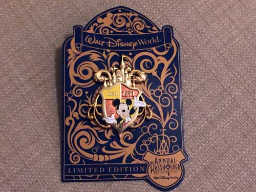 Limited Edition Established 1971 Disney World Trading Pin