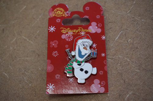 Olaf Christmas pin.